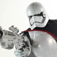 Jakks Pacific Captain Phasma Star Wars The Force Awakens 18 Inch Toy Movie Action Figure Review