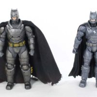 Mezco Toyz Armored Batman 1:12 Collective Batman v Superman Dawn of Justice Toy Figure Review