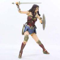 MAFEX Wonder Woman Batman v Superman Dawn of Justice DC Comics Movie Medicom Figure Toy Review