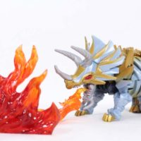Transformers Slug The Last Knight Deluxe Class Movie Dinobot Action Figure Toy Review