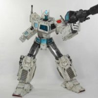 3A Ultra Magnus Transformers Generation One ThinkGeek Exclusive 16 Inch Collectible Figure Review