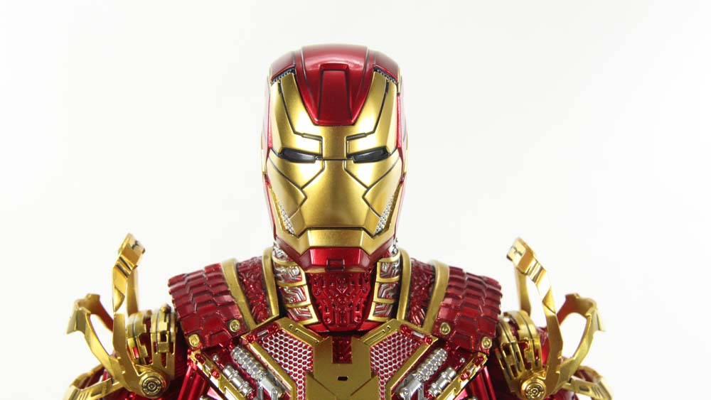 Hot Toys Retro Bones Iron Man Mark 41 Iron Man 3 Movie SDCC